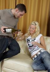 Elin The Partygirl